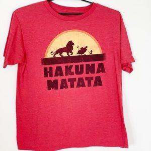 Disney Lion King Tshirt Mens XL  Hakuna Matata Red
